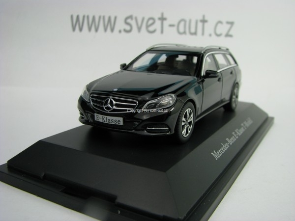 Mercedes-Benz E-Klasse T-Model S212 Black 1:43 Kyosho